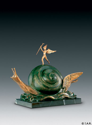 L'escargot et l'ange bronze dali sculpture